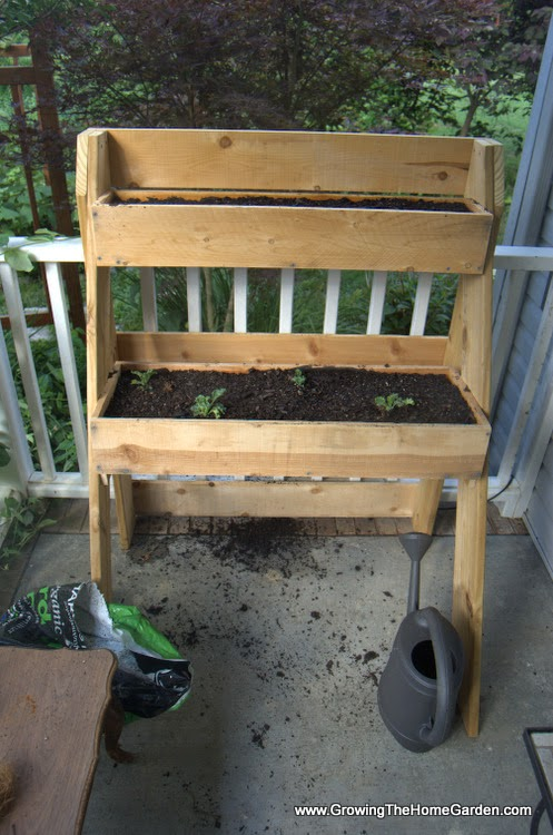how to build a raised garden box planter. Black Bedroom Furniture Sets. Home Design Ideas